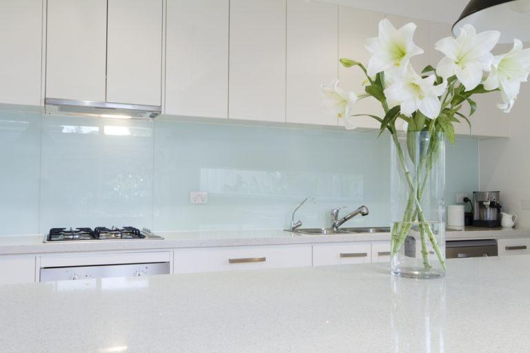 The Top Three Reasons to Get Bespoke Kitchen Glass Splashbacks