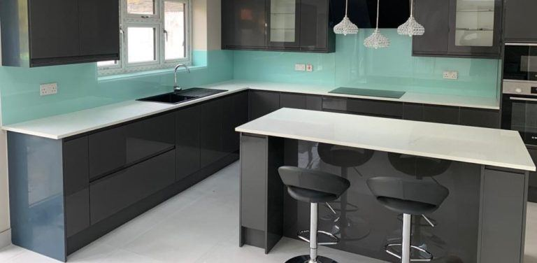Avoid common mistakes with these kitchen splashback tips!
